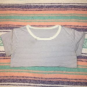 🌟Brandy Melville striped t shirt